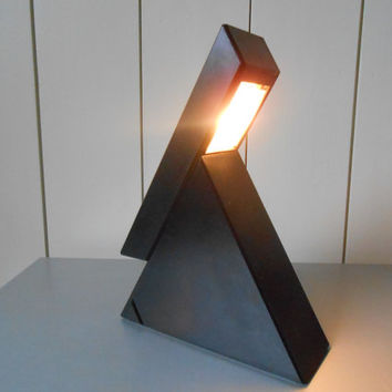 Vintage Italian design table lamp by Mario Bertorelle, JM RDM design DELTA, 1970s
