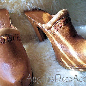 Vintage Boho Clogs, 1970's Retro Shoes, Heeled Mules, Profiles High Heel, Size US 7 1/2 B, Leather Wood Brazil, Gently Worn, Caramel Brown