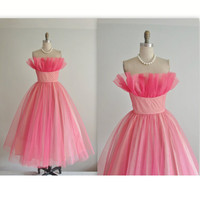 50's Prom Dress // Vintage 1950's Strapless Pink Tulle Crumb Catcher Shelf Bust Wedding Party Prom Dress XS
