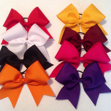 3 inch cheer bows made with grosgrain ribbon by Simplysplendidbows