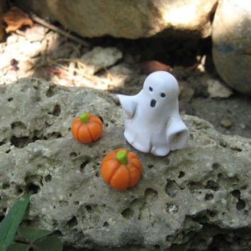 Halloween Fairy Garden, Fairy garden ghost, Halloween decor, Handcrafted Boo fairy miniature, Halloween Fairy accessory