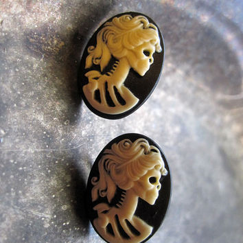 Gothic Lolita Cameo Stud Earrings
