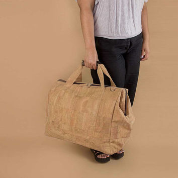 Vegan Travel Bag, Weekender Luggage in Cork, 50 x 27,9 x 33 cm by Corkor (CK038)