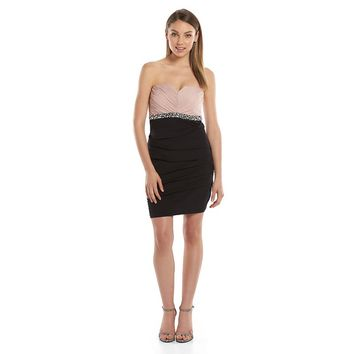 City Triangles Juniors' Pleated Body Con Strapless Dress, Size: