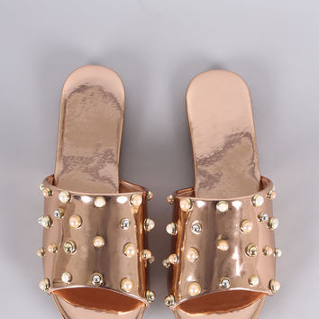 Metallic Pearl Embellished Band Open Toe Slip-On Flat Sandal | UrbanOG