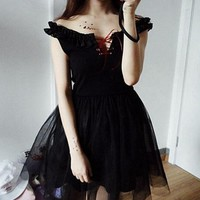 Gothic Lolita Girls Sexy Black Strapless Tulle Lace-Up Dress