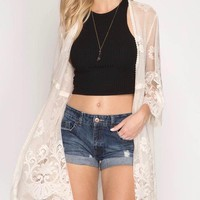 aimee - quarter sleeve floral lace kimono duster/cardigan - cream