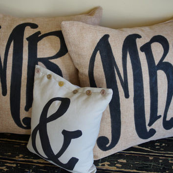 Mr & Mrs Pillow set with ampersand mini pillow - Wedding Pillow - Engagement - Anniversary