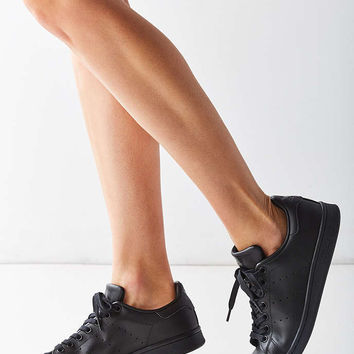 adidas Black Stan Smith Sneaker - Urban Outfitters