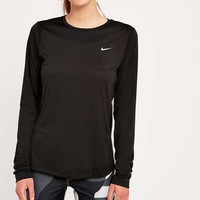 Nike Miller Reflective Long-Sleeve Tee - Urban Outfitters