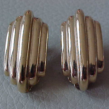 Zero Cost To Send by Fashionisto Montrose signed Givenchy Clip Earrings Vintage