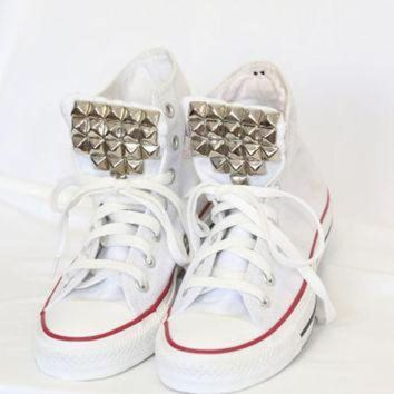 DCCK1IN silver studded white high top converse