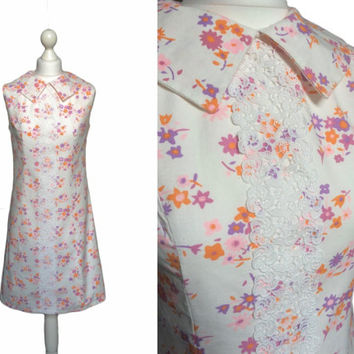 Pilgrim Collar Dress - 60's Dress - 1960's Vintage Dress - Retro Mini Dress - Pretty White Cotton Floral Dress