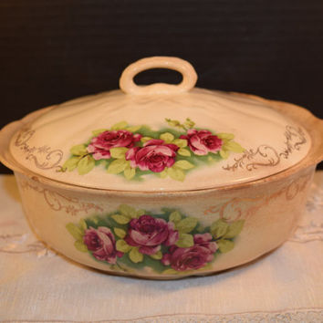 Covered Casserole Vegetable Bowl Vintage Pink Rose Lidded Casserole Dish Baking Dish with Lid Tureen Shabby Chic Kitchen Collectible