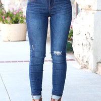 Mid-Rise Lightly Distressed Skinny Jean {Dk. Wash}