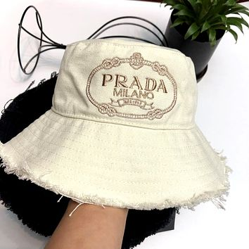 PRADA 2019 new denim canvas UV protection sunshade fisherman hat white