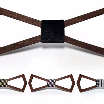 Wooden Bowtie - Hollow (11 Colors)
