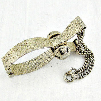 Vintage Gold Glove Clip, Ornate Gold Glove Holder, Gold Purse Clip, 1950s Rockabilly Fashion Accessory, Wedding Bridal Prom Accessory