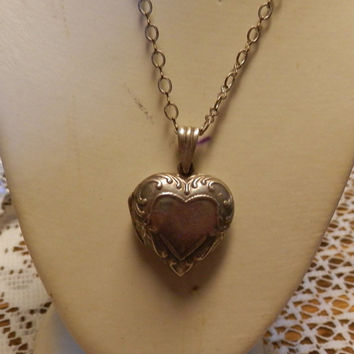 Vintage Sterling Silver Puffy Heart Locket And Chain Hang Tag AVON MARSALA