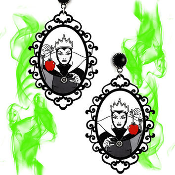 Gothic victorian spooky earrings 'Evil Queen' disney witch villains grimhilde halloween