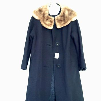 Vintage Black Wool Coat w/Brown Mink Collar - Lovely!