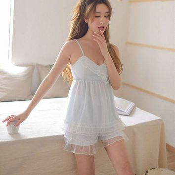 ONETOW RenYvtil Spaghetti Strap+Shorts Sweet Pajamas Vintage Lace Princess Pyjamas Leisure Wear with Bra Cup Pad Cotton Soft Fabrics