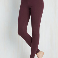 Minimal Skinny Simple and Sleek Leggings in Burgundy