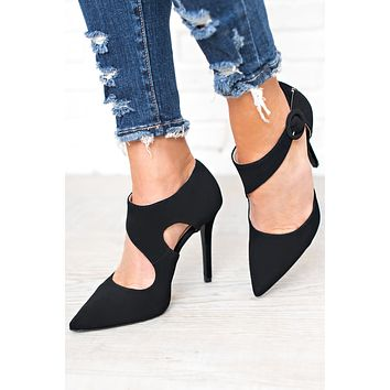 Unfinished Business Pumps (Black)
