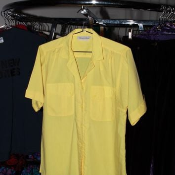 Yellow Button Up Basic / M L