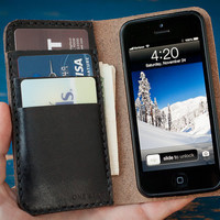 iPhone 5 gents wallet, hand stitched in Horween Chromexcel- black