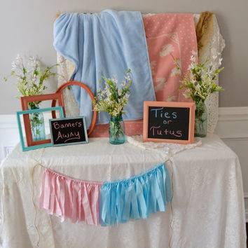 gender reveal banner - baby shower decorations - reveal party banner - baby shower banner - Pink or Blue banner - Baby Shower Banner