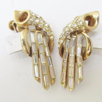 Coro Dangle Earrings Vintage Gold Tone and Crystal Clip On  G9