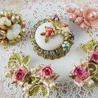 Chic Pink Vintage Floral Rose Earring Destash Rhinestones Pearls Cluster Bead Mix (5)