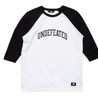 UNDEFEATED 3/4 FIELD RAGLAN | Undefeated