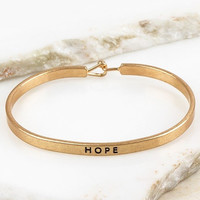 Muddy Pearl Hope Bracelet Gold