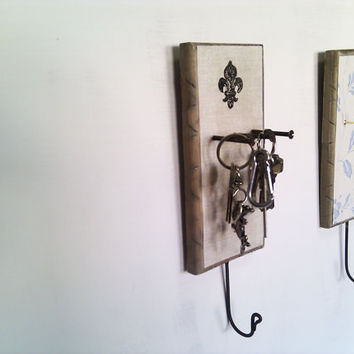 Key or Accessory Holder to organise your accessories wall mounted by Ayliss