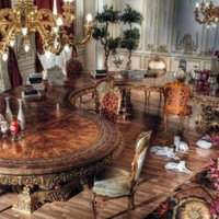 Italian Curved Dining Table in Baroque Style - Top and Best Classic Furniture and Classical interior Design Italian Companies