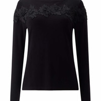 PETITE APPLIQUE TRIM KNIT TOP | Precis