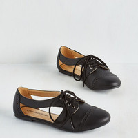 ModCloth Menswear Inspired Rocky Road Trip Flat in Black