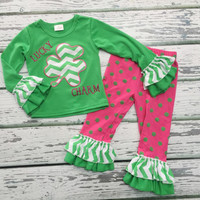 Baby Girls St. Patrick's Day Outfit, St. Patrick's Day, Girl Clothing, Baby Girl Clothing, Holiday Apparel, Ruffle Pant Outfit, LUCKY CHARM