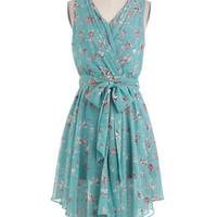 Trail of Flowers Dress | Mod Retro Vintage Dresses | ModCloth.com