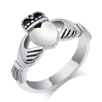 EZMAX Jewelry Womens Fashion Vintage 316L Stainless Steel Claddagh Exquisite Ring,Cute Titanium Steel Wedding Band Rings,Silver = 1930134916