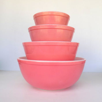 Pink Pyrex Solid Mixing Bowls - Full Set- 400 Line Graduated Nesting Bowls