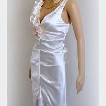 Simple Wedding Dress Evening Gown Prom Dress Pearl White Mermaid One-Shoulder Draped Floor length Size Medium M