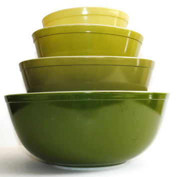 Set of 4 PYREX Verde Green Mixing Bowls - (#500.82)
