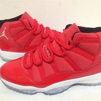 "Air Jordan 11""Toro red Basketball Shoes 41-47"