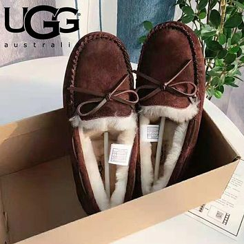 """UGG"" Winter Classic Stylish Women Wool Flat Shoes Coffee"