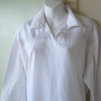 White Peasant Shirt w/ Wide V-Neck Collar; Women's XL Cotton Blend Long Sleeve Bohemian Vintage Blouse; U.S. Shipping Included