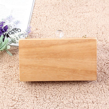 Fashionable European and American popular retro exquisite wooden hand bag