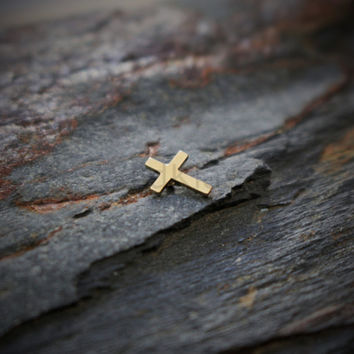 14k Gold Cross Dermal Top